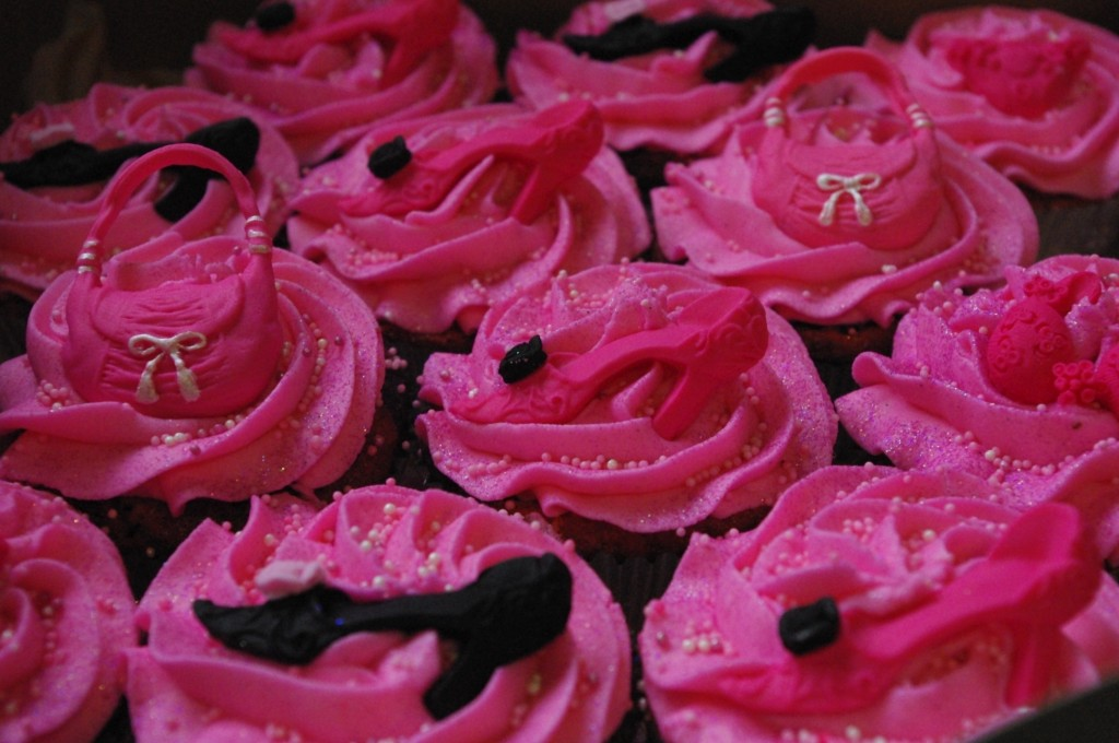pink and black velvet marble cupcake