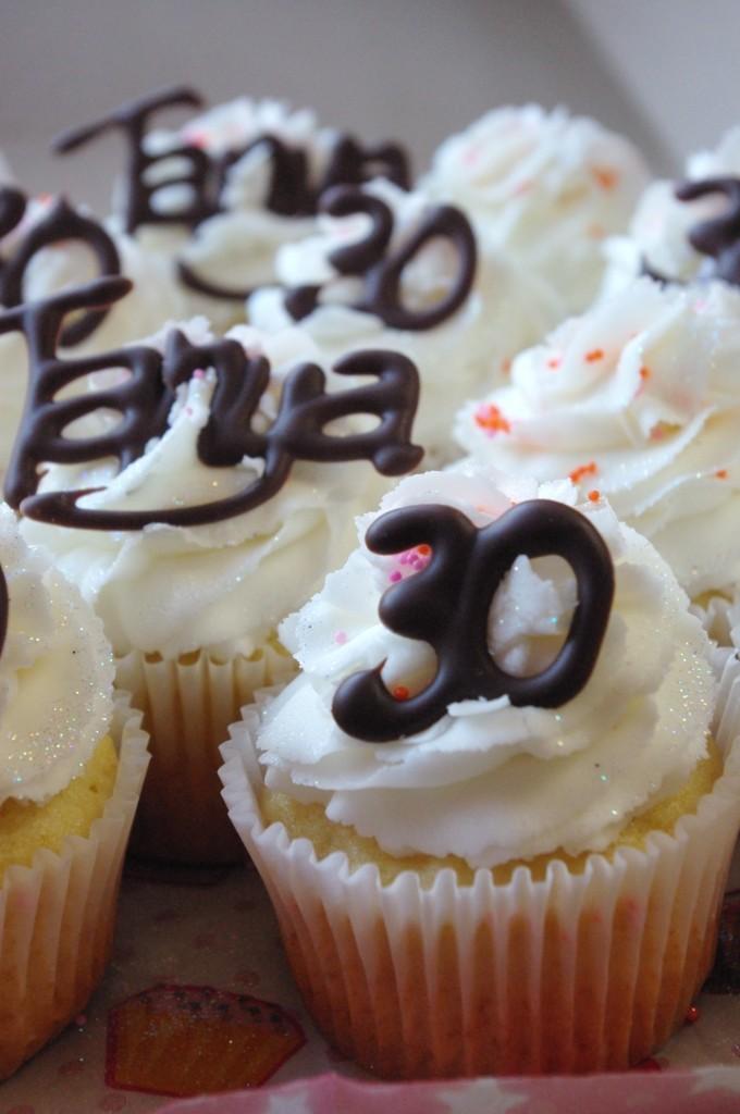 vanilla cupcakes, white vanilla butter icing