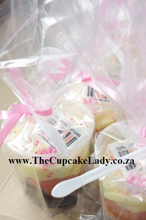 Girl Geeks Dinner Johannesburg, cupcake in a cup, ribbon, spoon, chocolate, strawberry, cream cheese icing, goodie bags, sponsorship