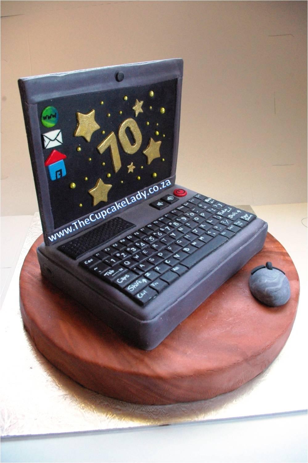 Macbook Pro Cake