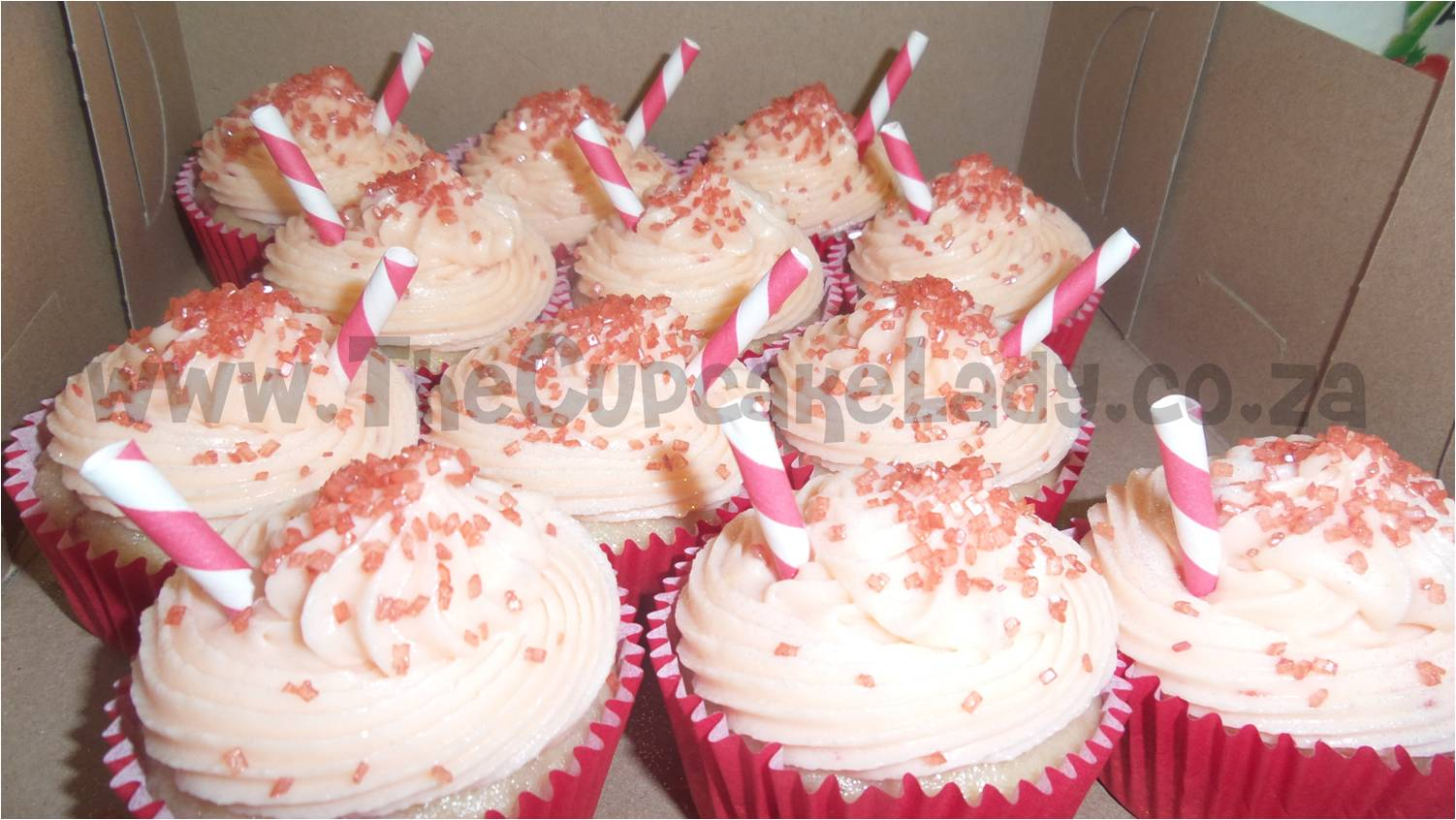 strawberry daiquiri cupcakes, cuptails