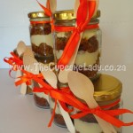 Cake artist, sugar artist, Vorna Valley, Midrand. cupcake-in-a-jar, carrot cake and cream cheese icing