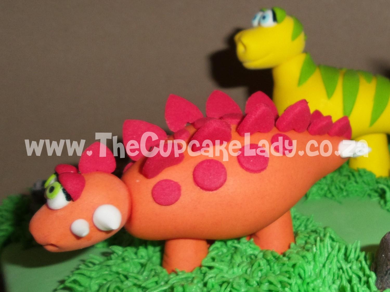 sugar paste dinosaur, cake topper, stegosaurus
